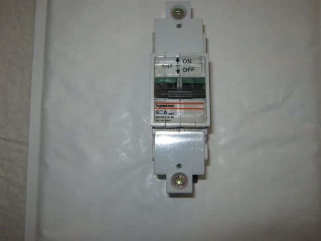 LEGRAND 262412 60 AMP TYPE 2 M6 MCB CIRCUIT BREAKER.